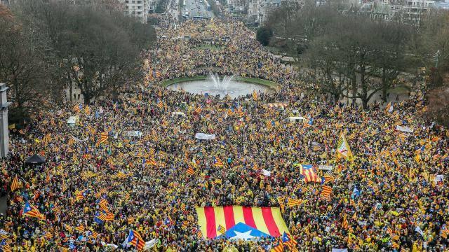 Les médias publics catalans n'ont pas retransmis la manifestation à Bruxelles, de peur des représailles deMadrid