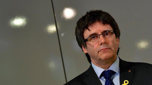 L'Espagne retire le mandat d'arrêt international contre Puigdemont et cinq autres dirigeantscatalans