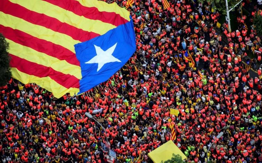À Barcelone, un million d'indépendantistes catalans dans larue