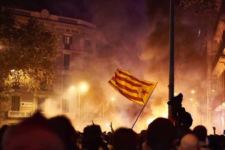 Catalogne : « Une situation de répression et de violence policière alarmante pour les droits humains»